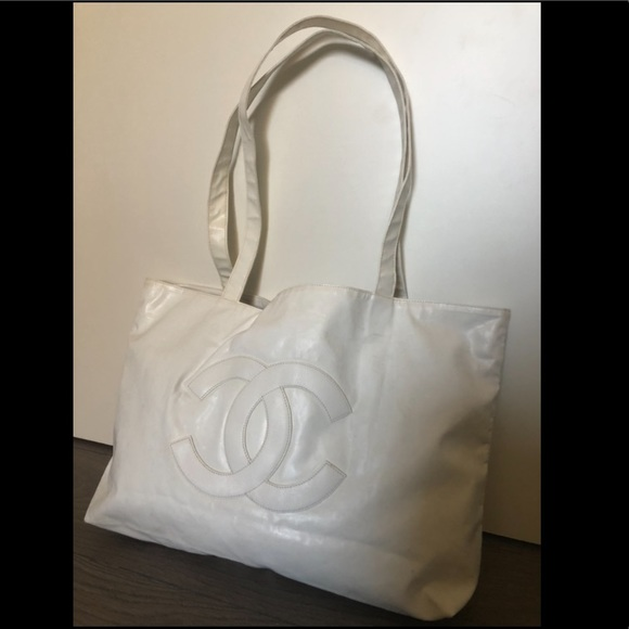 c09ff7dd8f9e CHANEL Handbags - Chanel big CC white tote bag shoulder